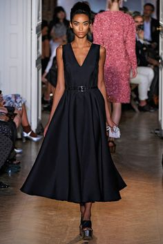 Rochas Spring 2012 Ready-to-Wear Fashion Show - Anais Mali