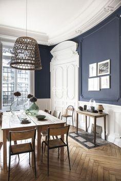Bel appartement de style haussmanien avec parquet et moulures à louer pour un s...
