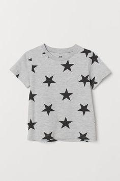 Kuviollinen T-paita - Harmaameleerattu/Tähdet - Kids Boys T Shirts, T Shirts For Women, Manga Raglan, Latest T Shirt, Organic Baby Clothes, Skinny, Sustainable Clothing, Stylish Kids, Fashion Company