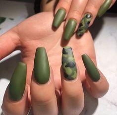 Camo Nail Designs, Cute Acrylic Nail Designs, Best Acrylic Nails, Military Nails, Army Nails, Nail Swag, Camouflage Nails, Country Nails, Maroon Nails
