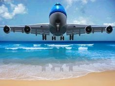 """Maarten - Maho Beach """"Touch"""" the landing plane Helicopter Cockpit, International Civil Aviation Organization, Jet Fly, Plane Photos, Southern Caribbean, Jumbo Jet, Sand And Water, Air France, Aircraft Pictures"""