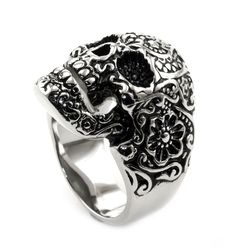 James Cavolini Men's Stainless Steel Artistic Skull Ring 12. Best seller ring. High quality and inexpensive. Perfect gift for a friend or loved one. James cavolini italian designer. Stainless steel.