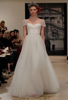Vestido de novia Chic ♥ Reem Acra vestido de diseño especial