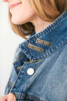 11 Pieces Enamel Pin Badges Brooch Pins Badges Metal Badge Pins Fashional Accessory for Women Teenager Suitable for Clothing Bags Jackets DIY Crafts Entertainment