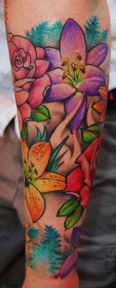 Tattoo Designs Flower Sleeve 54 New Ideas Tropical Flowers, Tropical Flower Tattoos, Colorful Flower Tattoo, Flower Tattoo Arm, Flower Tattoo Designs, Butterfly Flowers, Colorful Flowers, Tattoo Flowers, Butterfly Tattoos