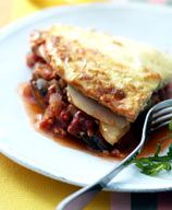 Aubergine and Potato Moussaka Ww Recipes, Vegetarian Recipes, Cooking Recipes, Recipies, Moussaka, Weight Watchers Meals, Nom Nom, Good Food, Potatoes