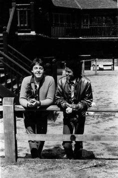 Michael Jackson & Paul McCartney at Paul`s house - 1981 | Curiosities and Facts about Michael Jackson ღ by ⊰@carlamartinsmj⊱