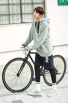 Excuse u for looking so fine Seokjin