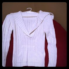 *BOGO FREE*Sparkling white sweater with v neckline This sweater is white and sparkling and super comfy. It has front pocket and deep v neckline. Gently used. Tags Faded or else I would put up a pic of them Arizona Jean Company Sweaters V-Necks