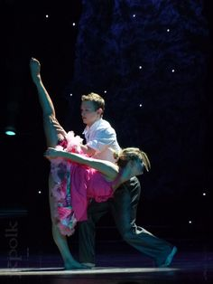 """sytycd lauren and kent dating Kent boyd (s7) and lauren froderman (s7) created a prequel to their collide/ prom routine, titled """"collide in 1986"""" check it out also features caitlynn lawson (s8), ricky jaime (s8), matthew kazmierczak (s9), amy yakima (s10), malece miller (s10), jasmine mason (s10) posted 2 years ago 44 notes tagged: sytycd , so."""