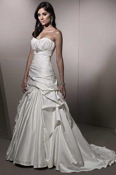 Ella Rosa BE150 on Find Your Dream Wedding Dress