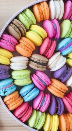 Box of macarons in different bright colors. Macarons, Macaron Cookies, Types Of Photography, Food Photography, Colour Photography, Landscape Photography, Cakes Originales, Macaroon Wallpaper, Cute Food