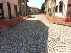 L'arte di costruire una strada utilizzando il linguaggio della pietra #impresaluivatce