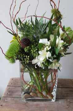 Nice arrangement with greenery and white flowers - good masculine arrangement Modern Floral Arrangements, Funeral Flower Arrangements, Funeral Flowers, Floral Centerpieces, Wedding Flowers, Masculine Centerpieces, Deco Floral, Arte Floral, Floral Design
