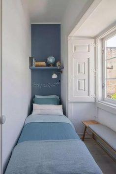 Tiny Bedroom Design, Small Bedroom Interior, Small Apartment Bedrooms, Small Apartments, Small Spaces, Tiny Bedrooms, Decorating Small Bedrooms, Teenage Bedrooms, Guest Bedrooms