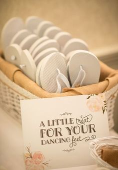 Homemade Wedding Favours: 10 DIY Ideas