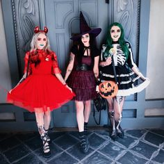 """""""Halloween's finest trick or treaters! Trio Costumes, Trio Halloween Costumes, Cute Halloween Makeup, Family Costumes, Halloween Boo, Disney Costumes, Christmas Costumes, Halloween Horror, Halloween Cosplay"""