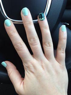 Spring green nails
