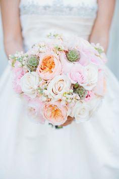 25 Stunning Wedding Bouquets - Part 14    bellethemagazine.com