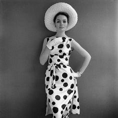 polka dot Dress, gloves and hat b