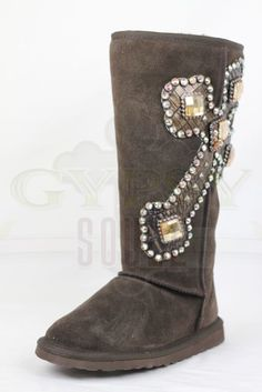 So pretty! the website doesnt have them anymore but i want a pair!!!!!