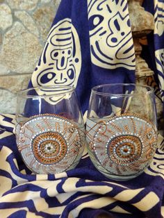 Wine/ water glasses. Set of 2. Gold and by OrdinaryWWonders