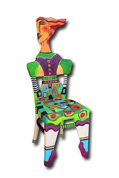 Bemalter Stuhl von Jeanett Rotter.