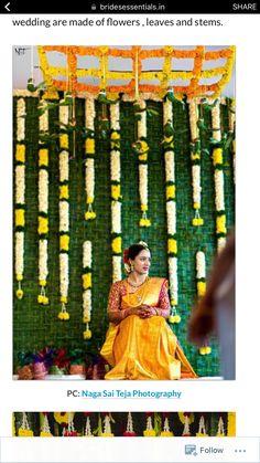 Wedding Flowers Sunflowers Rustic 48 Ideas For 2019 – Modern Wedding Ceremony Ideas, Desi Wedding Decor, Wedding Stage Decorations, Diy Wedding, Trendy Wedding, Cake Wedding, Haldi Ceremony, Flower Decorations, Wedding Table