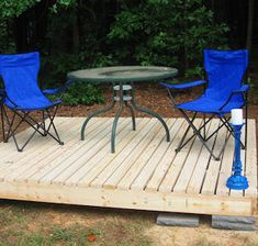 Spruce up your backyard on a budget with these cheap and easy DIY backyard ideas. From patio ideas to landscaping ideas, there are plenty of DIY projects to choose from that are guaranteed to work for big and small yards. Pergola Swing, Pergola Patio, Diy Patio, Pergola Shade, Patio Roof, Backyard Patio, Backyard Landscaping, Yard Swing, Swing Seat