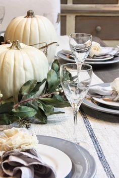 Pretty fall autumn dining table setting