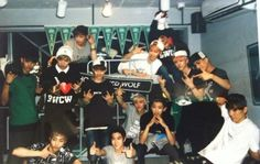 Fotoğraf Exo 12, Exo Album, Exo Official, Girls Generation, Chanyeol, Boy Groups, Exo Members, Chanbaek, Polaroids
