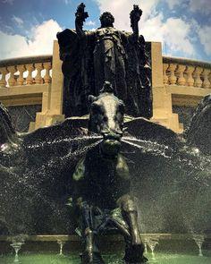 Fonte dos Desejos na Praça Ramos de Azevedo by @miguelitogarcia  #saopaulocity #EuVivoSP