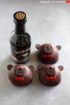 Diamonds for Dessert: Bailey's Bear Truffles liqueur Bailey Truffles, Chocolate Truffles, Love Chocolate, How To Make Chocolate, Macaroon Cake, Christmas Desserts, Christmas Baking, Liqueur, Irish Cream