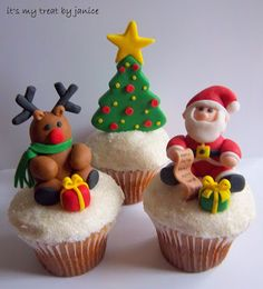 merry and bright! Christmas fondant, holiday, cupcakes, Santa