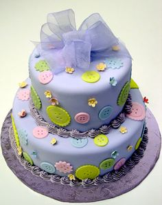 cute as a button smash cake | petronella has a lot of buttons on her blog so go and take a look ...