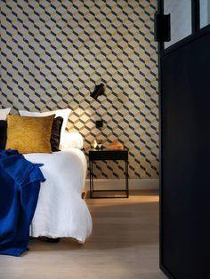 Apartment in Paris by Maureen Karsenty | HomeAdore