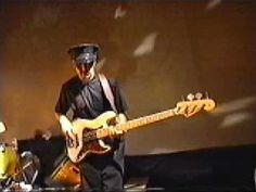 Les Claypool of Primus - Bass Solo - Tommy the Cat Les Claypool, All About That Bass, Rock Of Ages, Music Film, Ted Talks, Classic Rock, Rock N Roll, Movie Stars, Bass Guitars