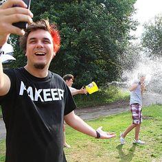 Není nad pěknou fotku s youtuberem  Sleduj @geekcampcz pro další storky z našeho youtuberského kempu  . . . #geekcampcz #ati #atishow #jetoshow #fanatici #fanatik #selfie #youtuberi #youtuber