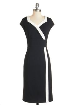 Poems and Port Dress. Whats better than reading stanzas and then sipping a glass of sweet wine? #black #modcloth