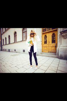 85dbc54ffa958 city chic City Chic, Holographic, Spring Fashion, Photo Shoot, Fashion  Spring,