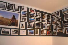 Pour changer de la couleur et à personnaliser comme on le souhaite, on composera son véritable tableau de famille avec ce tableau magnétique réalisé sur une bande de peinture magnétique, sur laquelle on a accroché toutes les photos de son choix avec des aimants