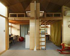 子ども室は勉強と遊びのスペースに分けているが、将来は3部屋にできるように設計