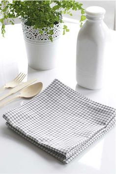 Easy DIY Project: Making Your Own Cloth Napkins