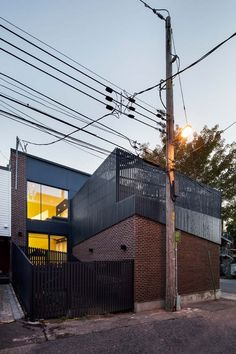 Canari House par naturehumaine, transformation d'un quadruplex à Montréal - Journal du Design