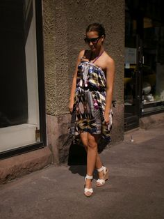 Walking in Pedros One Shoulder, Shoulder Dress, Walking, Photo And Video, Friends, Dresses, Fashion, Moda, Vestidos