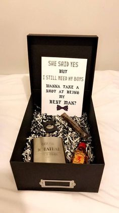 18 Best Man and Groomsmen Proposal Ideas – Wedding Gifts Asking Groomsmen, Groomsmen Gift Box, Be My Groomsman, Groomsmen Proposal, Wedding Gifts For Groomsmen, Bridesmaid Proposal Gifts, Bridesmaids And Groomsmen, Gifts For Wedding Party, Groomsman Gifts