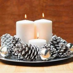Acorn Christmas centerpiece