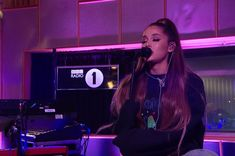 """American singer-songwriter Ariana Grande performed """"R."""" and """"Them Changes"""" (Thundercat cover) on the BBC Radio 1 Live Lounge. Bbc Live, World Wide News, Bbc Radio 1, Big Sean, Career Goals, American Singers, New Girl, Ariana Grande, My Dream"""