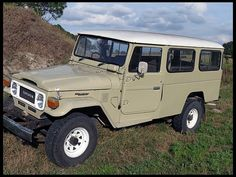 1978 Toyota Landcruiser FJ-45 - my dad used to own one of these, best car we ever had!