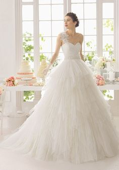Dear lovelies, we are starting the week with a fabulous bridal collection of Aire Barcelona wedding dresses. Aire Barcelona Wedding Dresses, 2015 Wedding Dresses, Bridal Dresses, Wedding Gowns, Ruched Wedding Dress, Applique Wedding Dress, Perfect Wedding Dress, Tulle Ball Gown, Ball Dresses